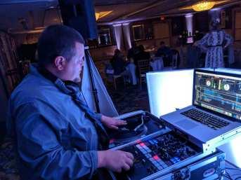 DJ Reck at Viking Hotel - Newport