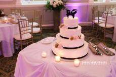 Beautiful Cake @ Hawthorne Hotel - CurryEventServices.com